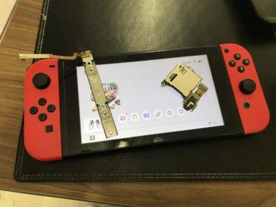 任天堂Switchの本体レール交換+ゲームカードスロット交換